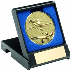 BLACK PLASTIC BOX WITH POOL/SNOOKER INSERT TROPHY - GOLD 3.5in