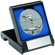 BLACK PLASTIC BOX WITH POOL/SNOOKER INSERT TROPHY - SILVER 3.5in